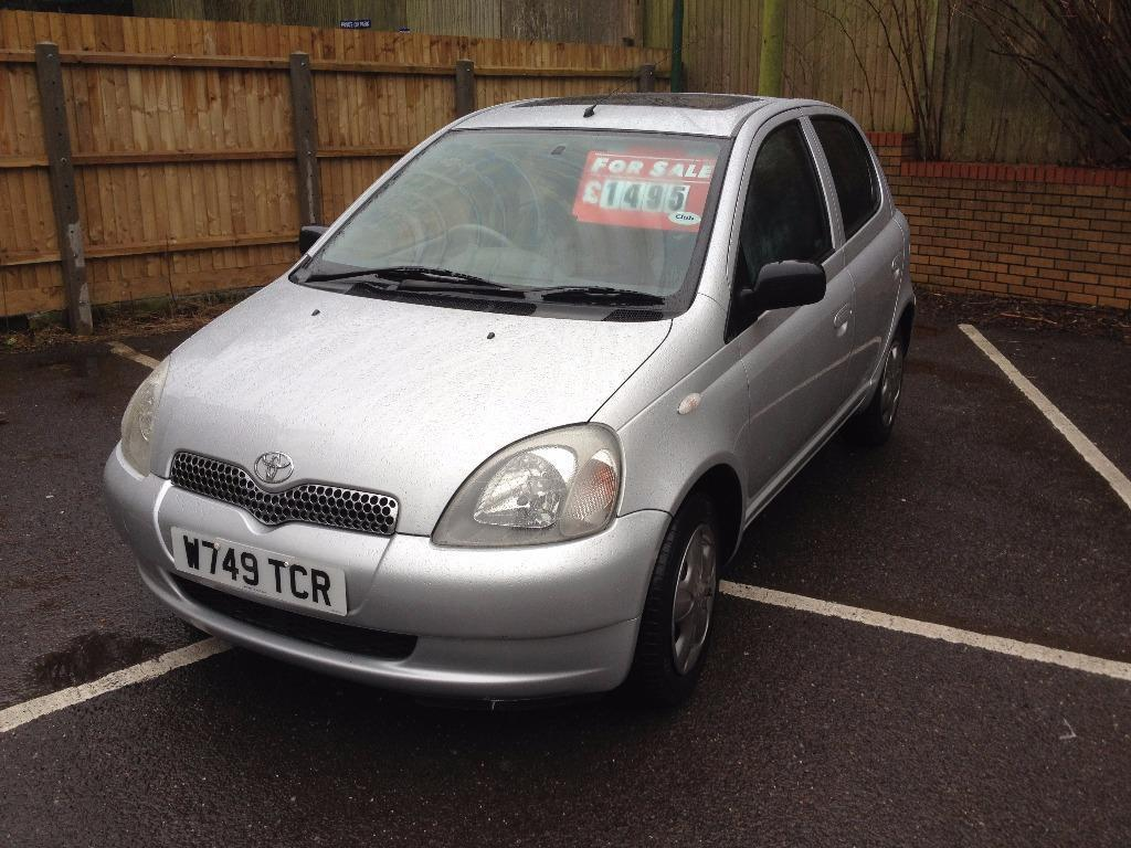 2000 toyota yaris gls with 94 000 miles service history and long mot perfect condition in. Black Bedroom Furniture Sets. Home Design Ideas