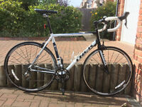 Men's road bike - Trek 1.5 H2 (Compact, 58cm frame) + cycling shoes