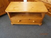 Pine 1 Drawer TV Unit.