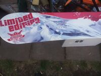 New Limited Edition Nitro T1 Camber Smirnoff Ice Designed Snowboard (157cm)