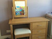 Solid oak dressing table