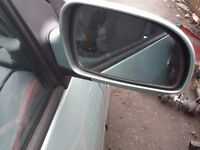 Hyundai Matrix driver side wing mirror complete unit from 2002-7