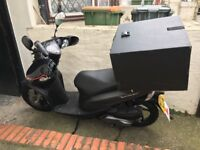 Honda Vision 50 50CC (Excellent, serviced and MOT)