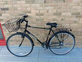 Touriste bike, 3 weeks old. NEW back wheel, tire and tube and NEW chain