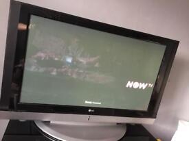 "40"" screen tv"