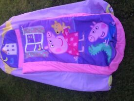 ***PEPPA PIG CHILDS NOVELTY AIR BED***BARGAIN BUY!!