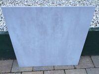 600mm x 600mm Porcelain Floor Tile (light grey)