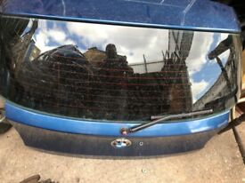 06 BMW 1 SERIES TAILGATE BLUE