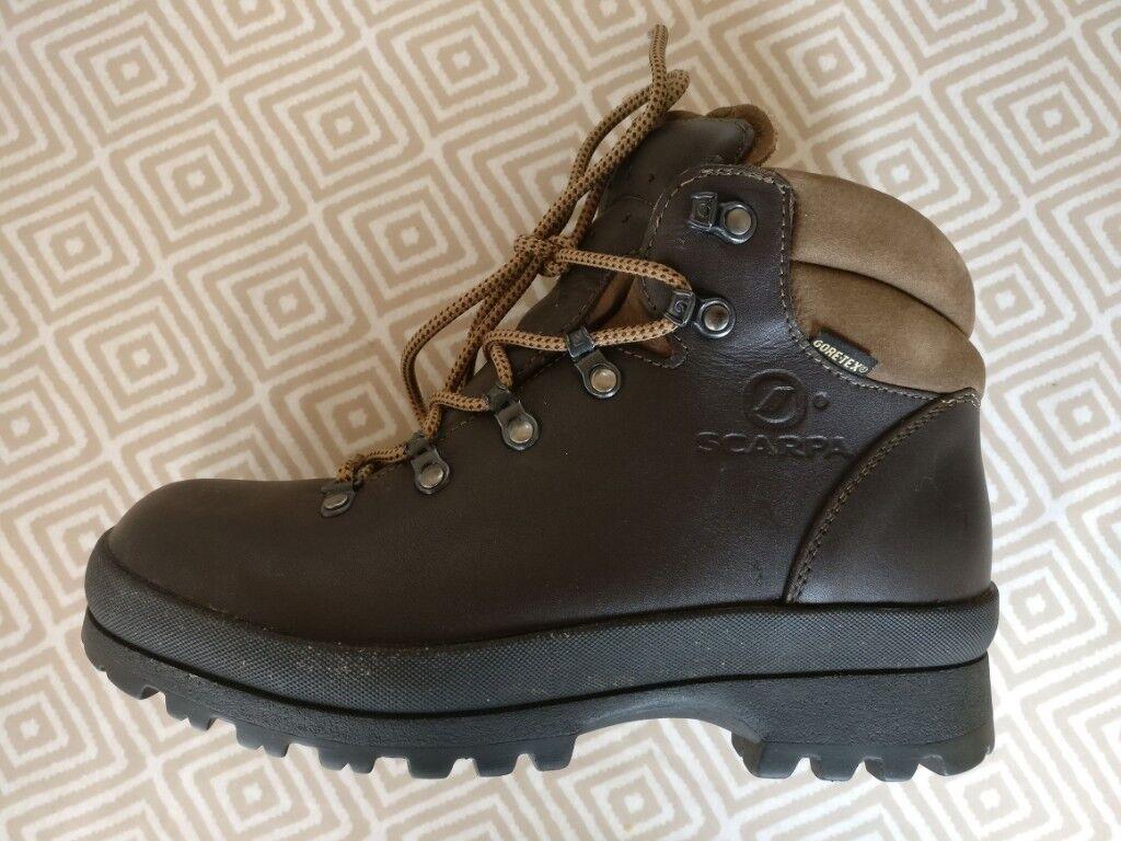 5bec6ae2055 Size 6 - Ladies Scarpa Ranger GTX Activ Walking Boots - As New