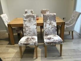 Oak table x6 chairs