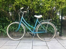 Ladies small classic Raleigh town bike