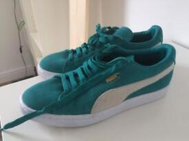 Puma suede trainers size UK6