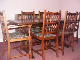 Solid wood dining room suite with 6 chairs