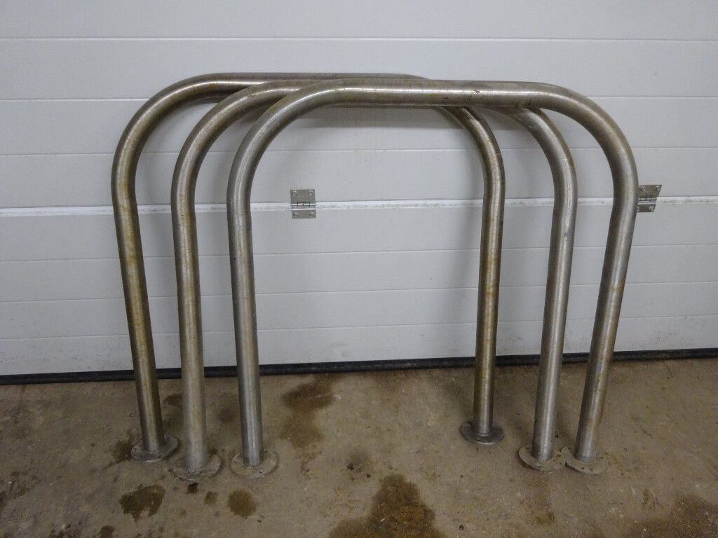 STAINLESS STEEL BIKE STAND WITH BASE PLATE FOR FIXING