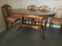 Solid pine ducal extending dinner table (no chairs)