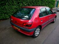 Peugeot 306 1.9 Xr TURBO DIESEL MANUAL DRIVES MOT AND TAX PX FOR ANYTHING CONSIDERED !