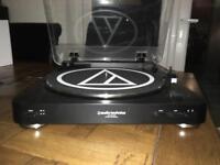 Audio Technica at-LP60USB turntable