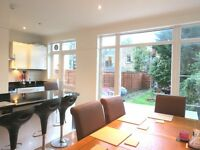 SUPERB 4 DOUBLE BEDROOM 2 BATHROOM HOUSE IN WIMBLEDON CHASE WITH PRIVATE GARDEN !!!!