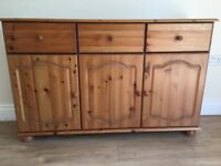 Pine Sideboard with 3 doors and 3 drawers