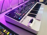 Roland Gaia Synthesizer SH-01 Keyboard/Synth