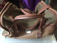 Travel bag -good condition - green and brown