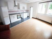 2 bedroom flat in Harcol House, Tennyson Road,