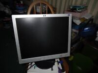 HP L1906 LCD 42 by 37 cms inch monitor with power and graphic cables