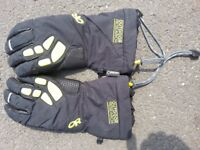 Very good condition Men's Outdoor Research gloves. £8 collection. £10.50 post.