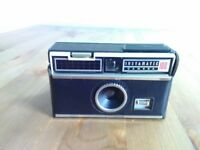 Kodak Instamatic 100 Camera with case