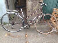 Vintage Ladies Falcon Touring/Hybrid Bike Size 20INCHES