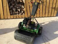 John Deere 220 Professional greens mower, lawnmower.