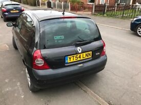 RENAULT CLIO VERY LOW MILAGE 2 KEYS QUICK SALE