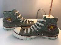 Women's patterned converse (size 6)