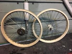 Bmx, old school bmx. classic Z rim wheels