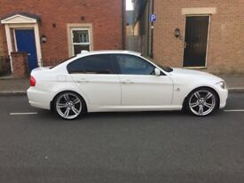 """Bmw 320d 2011 white black leather fsh 19""""bmw alloys tints a/c excellent con in and out"""