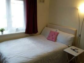 ABSOLUTE BARGAIN DOUBLE ROOM INCLUDING BILLS SINGLE OCCUPANCY ONLY