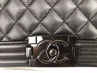 Authentic Chanel LE BOY 2017 so black Caviar S with receipt