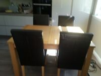 Kitchen Table &6 Chairs