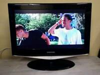 Samsung 26 inch HD Ready LCD TV, HDMI, 2 x SCART, built in Freeview - TV, DVD & Cameras