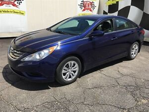 2012 Hyundai Sonata GL, Automatic, Heated Seats, Only 90,000km