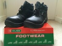 Mens Safety Boots - Size 9 - Very good condition