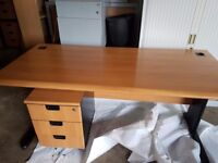 Executive office desk with matching pedistal top spec