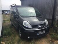 2009 RENAULT TRAFFIC SPORT SPARES OR REPAIRS IN BLACK ROOF RACK THE ENGINES KNOCKING BOTTOM END