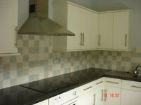 Spacious 2 bed Unfurnished Flat in St James Road, Torquay TQ1 4AY