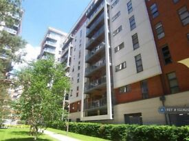 2 bedroom flat in Barton Place, Manchester, M4 (2 bed) (#1023620)