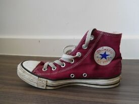 Hi top converse burgundy UK size 5