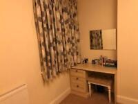 Double room in heart of Twickenham