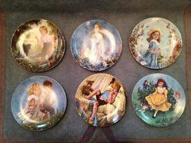 Collectable nursery rhyme plates