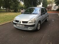 "2004 (54) RENAULT CLIO AUTOMATIC 1.4 PETROL ""FULL MOT + LOW MILEAGE + DRIVES VERY GOOD"""