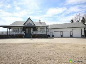 $1,590,000 - Acreage / Hobby Farm / Ranch in Rocky View County
